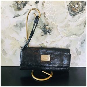 Kenneth Cole | Leather Wristlet